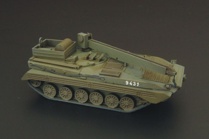 1/120 BREM-2 recovery vehicle kit of soviet recovery BMP-2